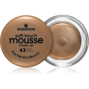 Essence Soft Touch mattító hab állagú make-up árnyalat 43 Matt Toffee