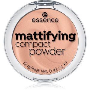 Essence Mattifying kompakt púder árnyalat 04 Perfect beige 12 g