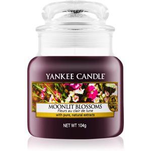 Yankee Candle Moonlit Blossoms illatos gyertya Classic kis méret