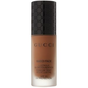 Gucci Face Lustrous Glow Foundation bőrélénkítő make-up SPF 25